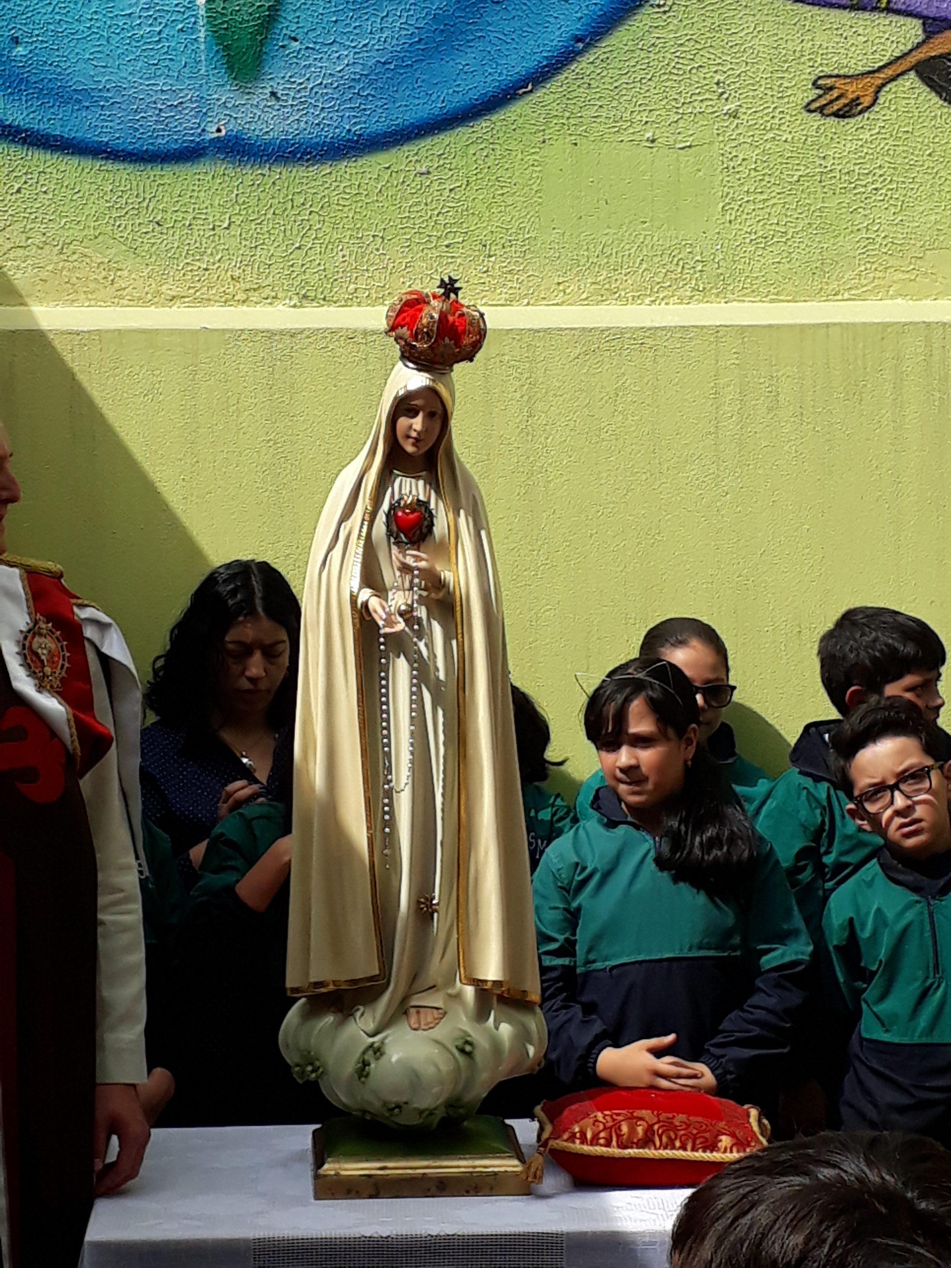 virgen maria alumnos principios y valores